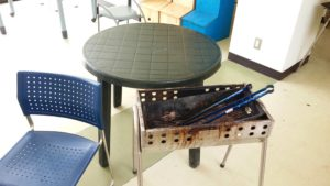 テーブルセット、バーベキューコンロ